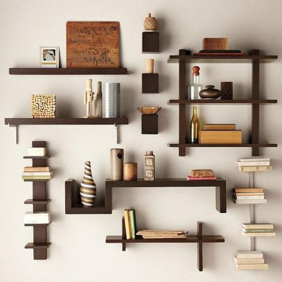 کتابخانه کتابخانه به مجموعهای از اطلاعات و منابع و خدمات اطلاعاتی گفته میشود که توسط یک نهاد عمومی، خصوصی یا یک شخص نگهداری و اداره میشود. از نگاه سنتی، کتابخانه به طور معمول به مجموعهای از کتابها گفته میشود. کتاب مجموعه ای ازاطلاعات درمورد یک فرد یا یک جسم یا...خاص که درصفحاتی کاغذی نوشته یاچاپ می شود. طراحی کتابخانه منزل طراحی کتابخانه منزل
